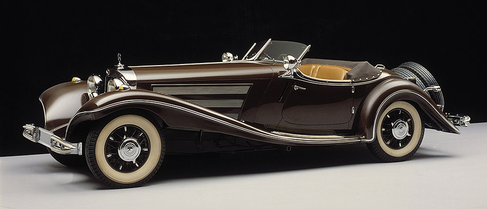 1935 Mercedes-Benz 500K Front Angle