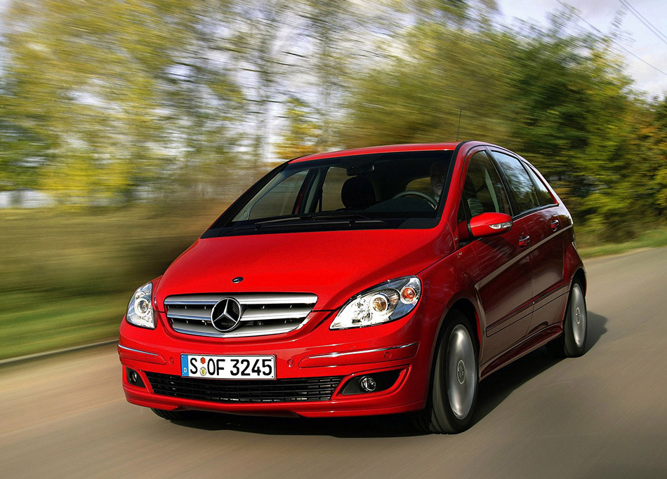 2006 Mercedes-Benz B200 Turbo Front Angle