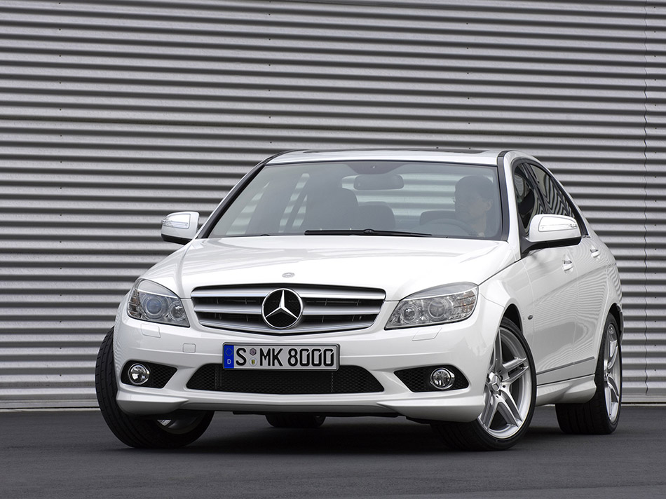 2008 Mercedes-Benz C63 AMG Front Angle