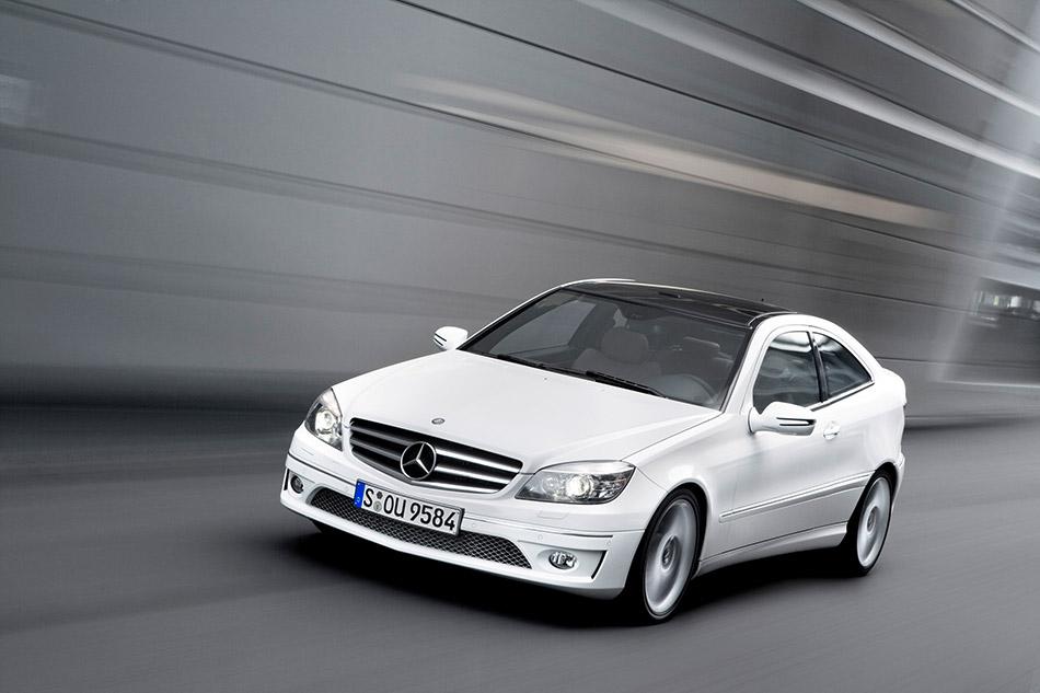2009 Mercedes-Benz CLC Front Angle