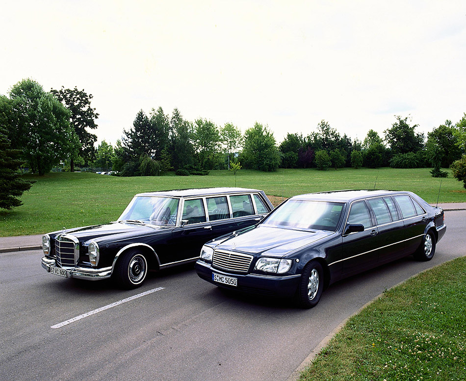 1998 Mercedes-Benz S600 Pullman Limousine W140 Front Angle