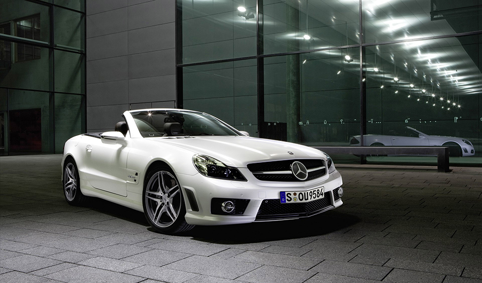 2009 Mercedes-Benz SL 63 AMG Edition IWC Front Angle