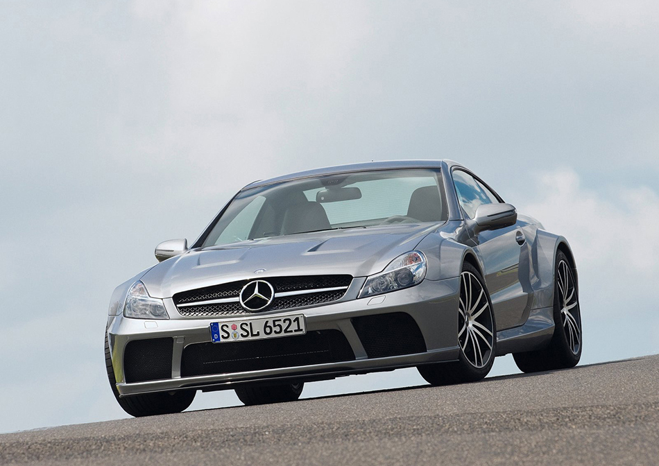 2009 Mercedes-Benz SL65 AMG Black Series Front Angle