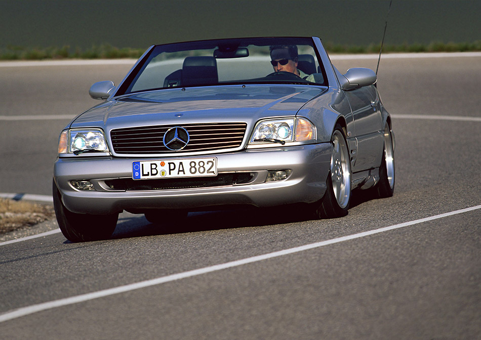 1999 Mercedes-Benz SL73 AMG Front Angle