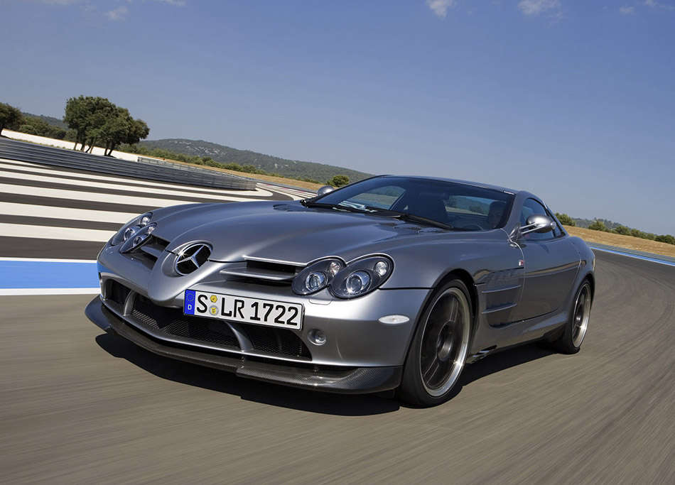 2007 Mercedes-Benz SLR 722 Edition Front Angle