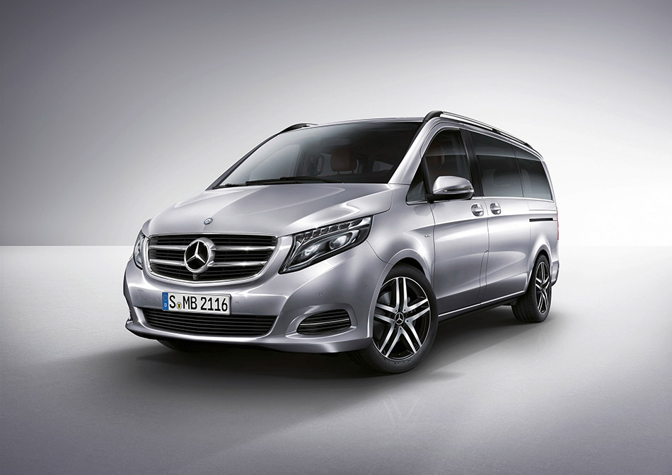 2015 Mercedes-Benz V-Class Front Angle