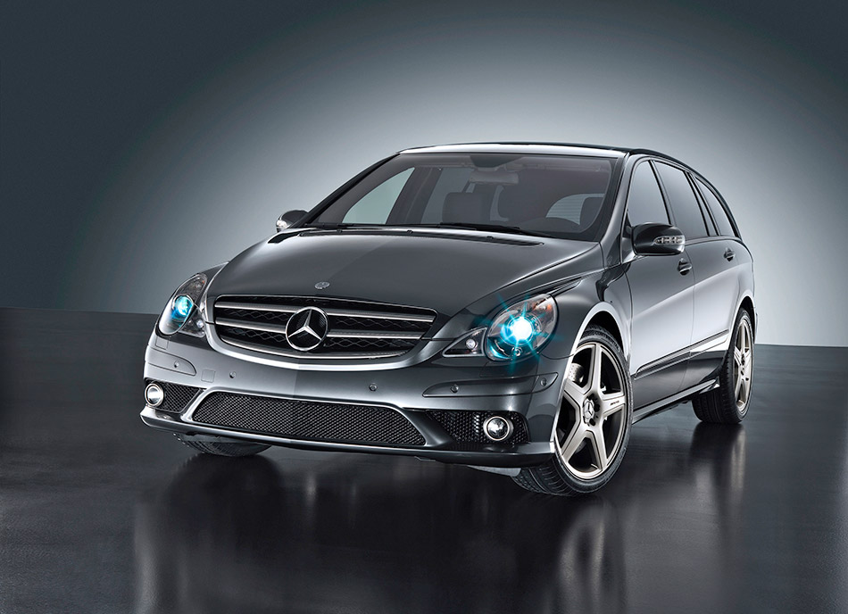 2006 Mercedes-Benz Vision R 63 AMG Front Angle