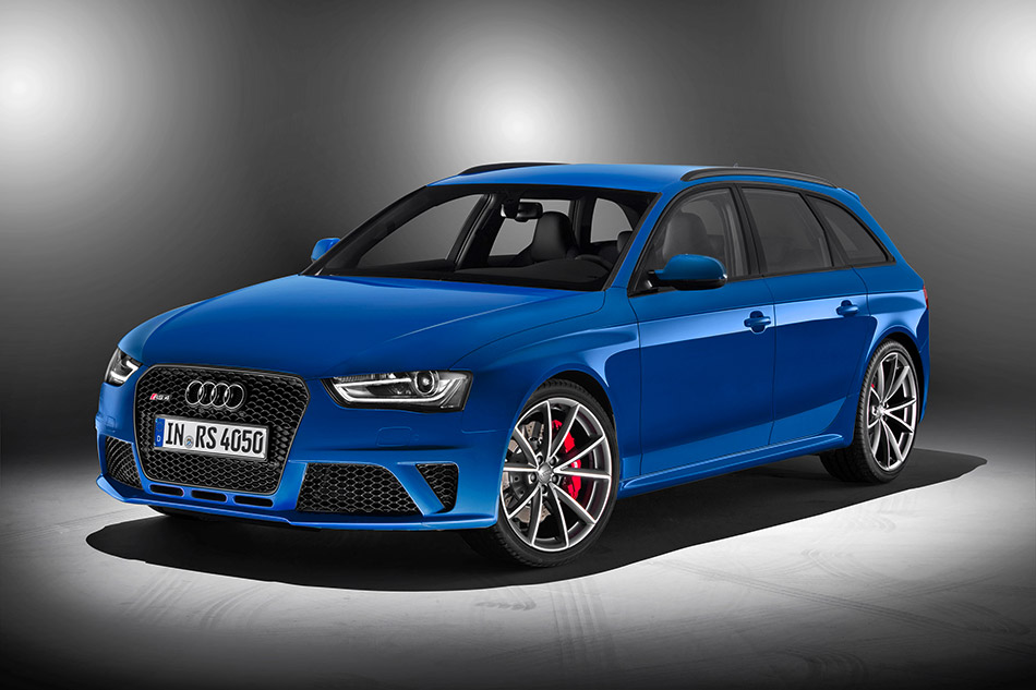 2014 Audi RS4 Avant Nogaro selection Front Angle