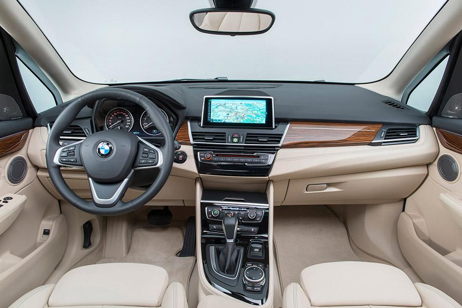 2015 BMW 2-Series Active Tourer Interior