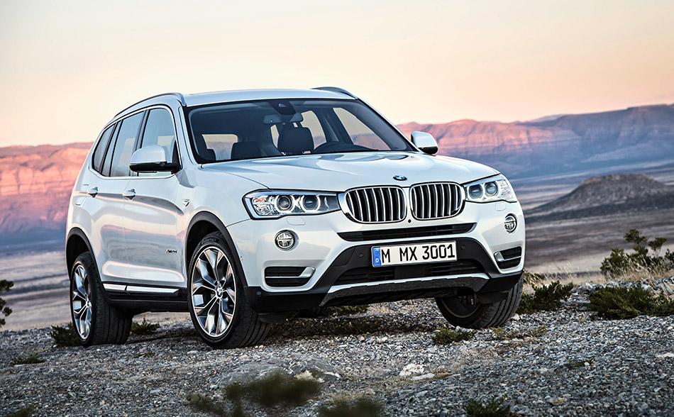 2015 BMW X3 Front Angle