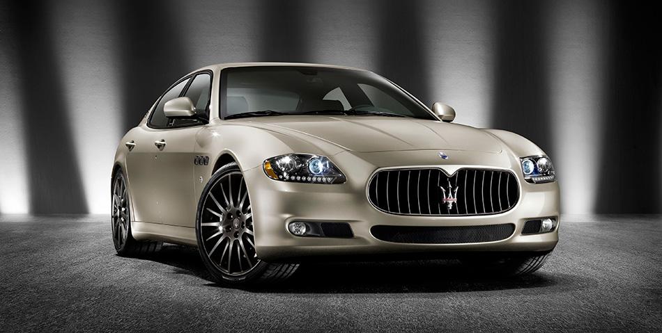 2011 Maserati Quattroporte Sport GT S Awards Edition Front Angle