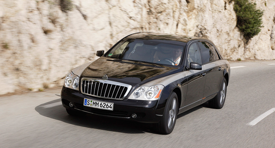 2010 Maybach Zeppelin Front Angle