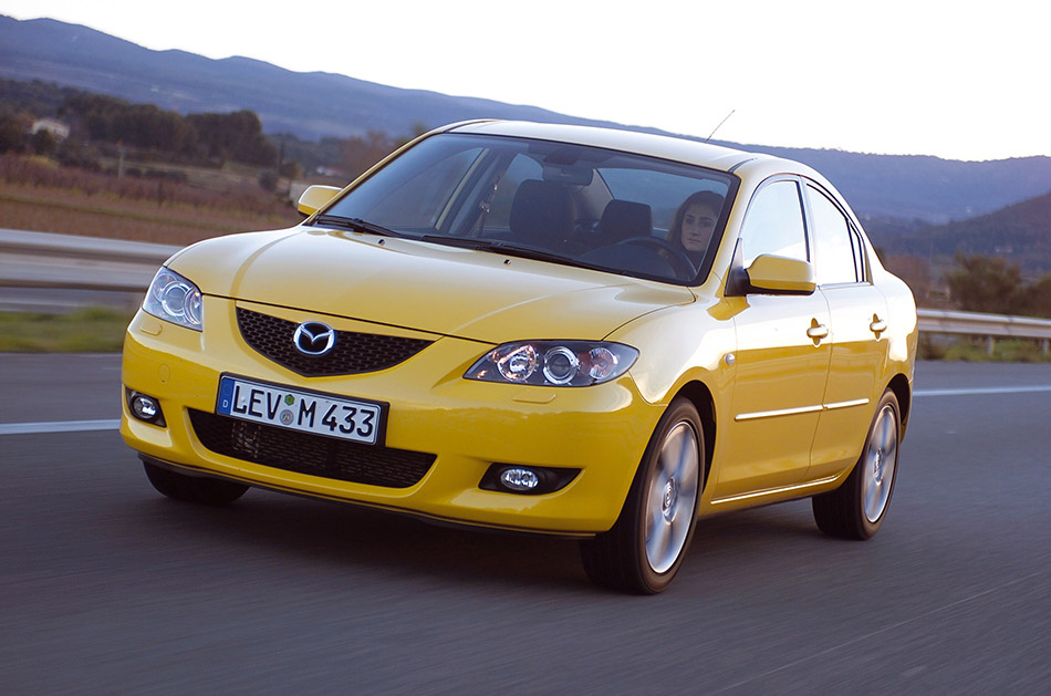 2004 Mazda 3 Sedan Front Angle