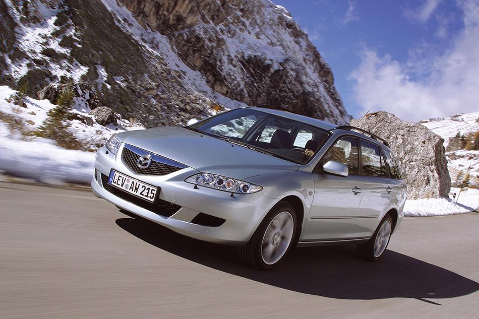 2002 Mazda 6 AWD Front Angle