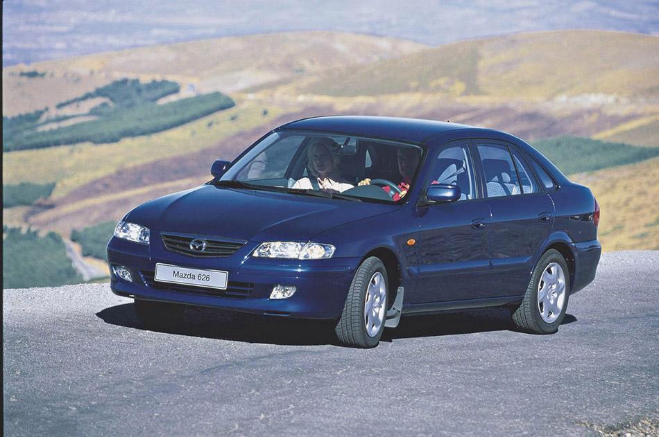 2000 Mazda 626 Front Angle