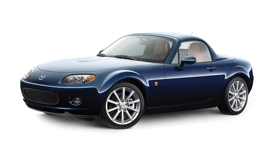 2006 Mazda MX-5 Roadster Coupe Front Angle