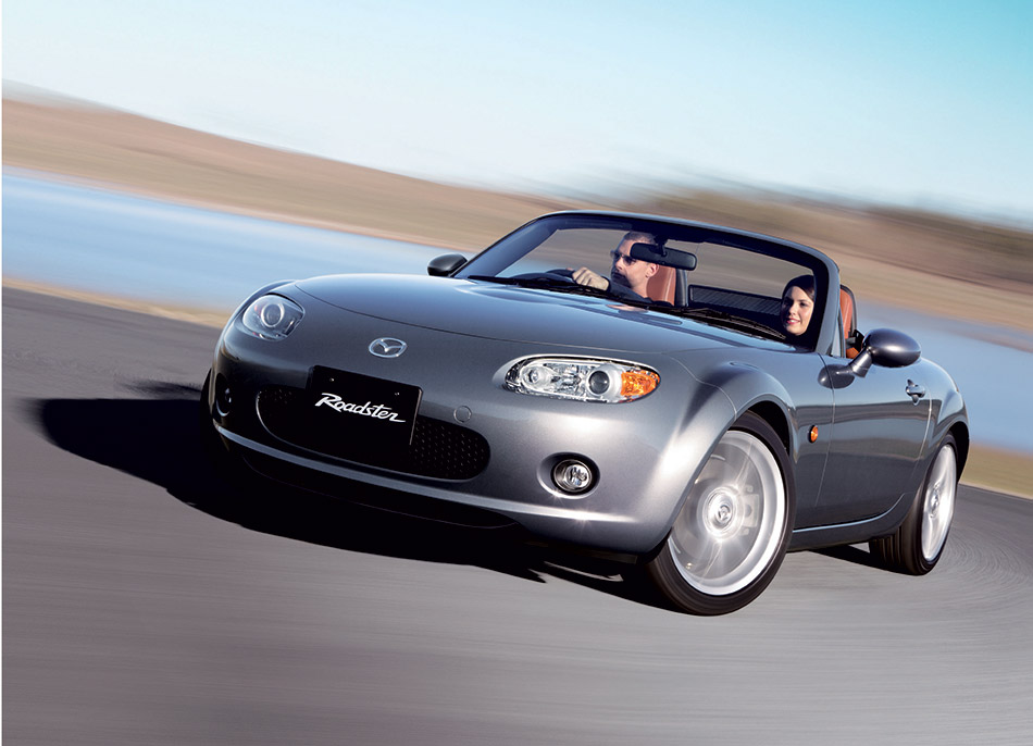 2005 Mazda Roadster Front Angle
