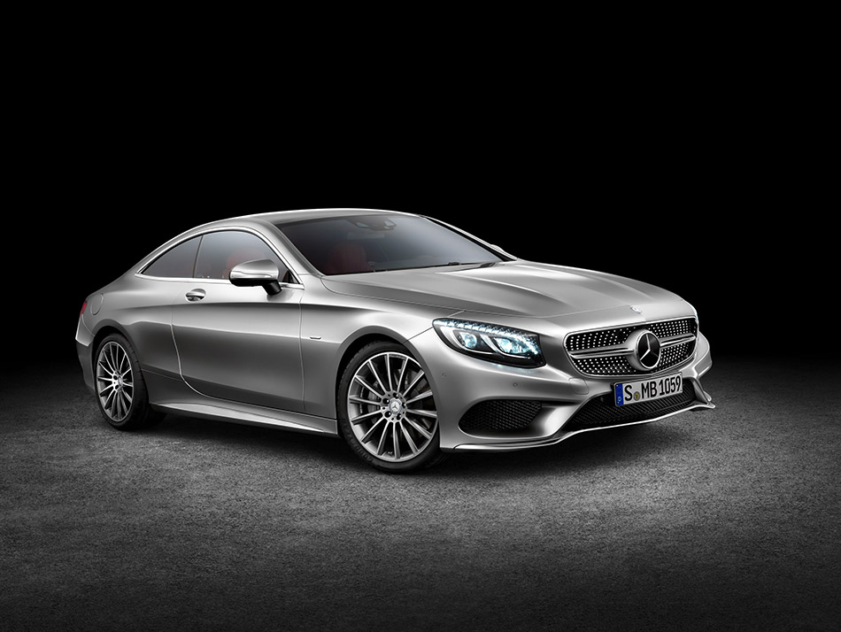 2015 Mercedes-Benz S-Class Coupe Front Angle