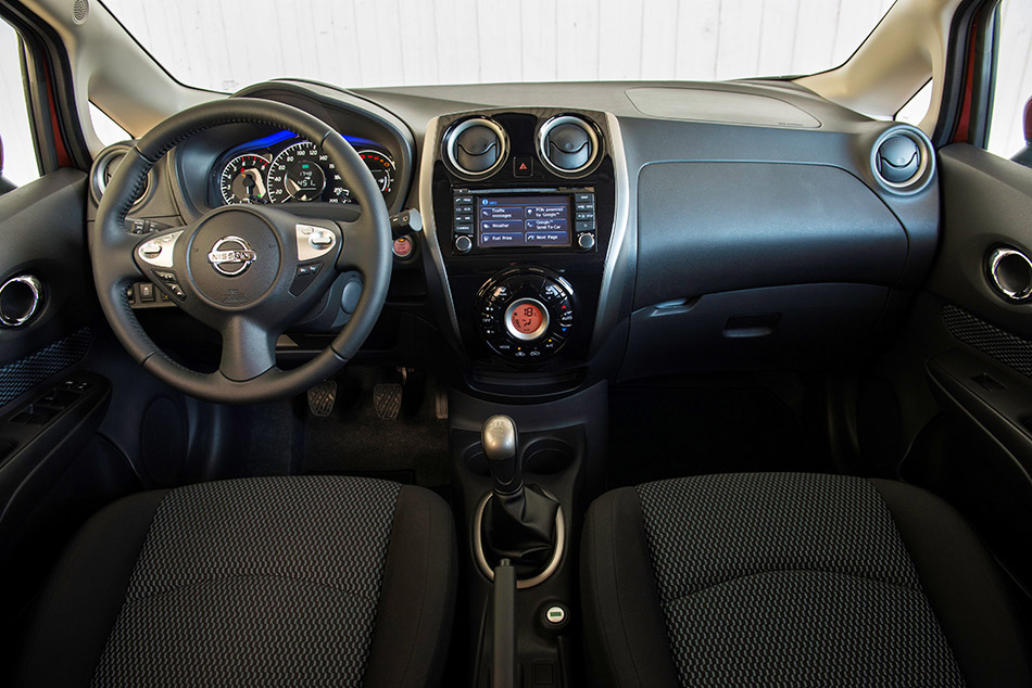 2014 Nissan Note DIG-S Interior