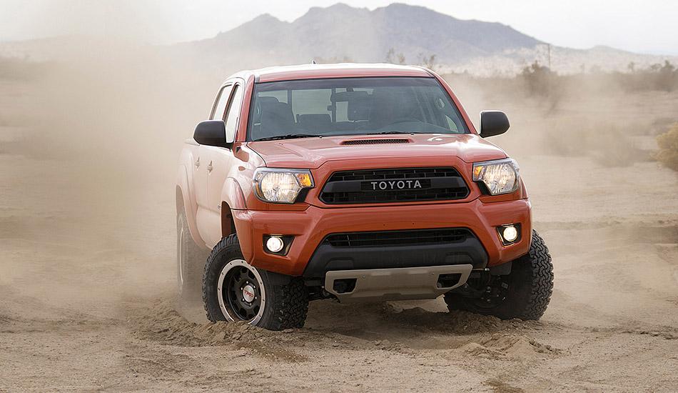 2015 Toyota Tacoma TRD Pro Series Front Angle