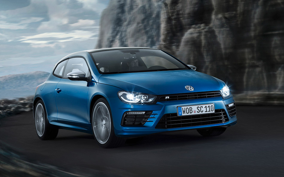 2015 Volkswagen Scirocco R Front Angle