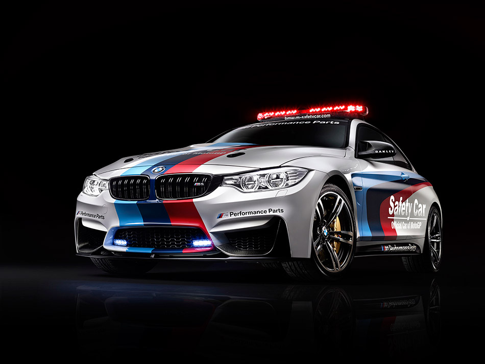 2014 BMW M4 Coupe MotoGP Safety Car Front Angle