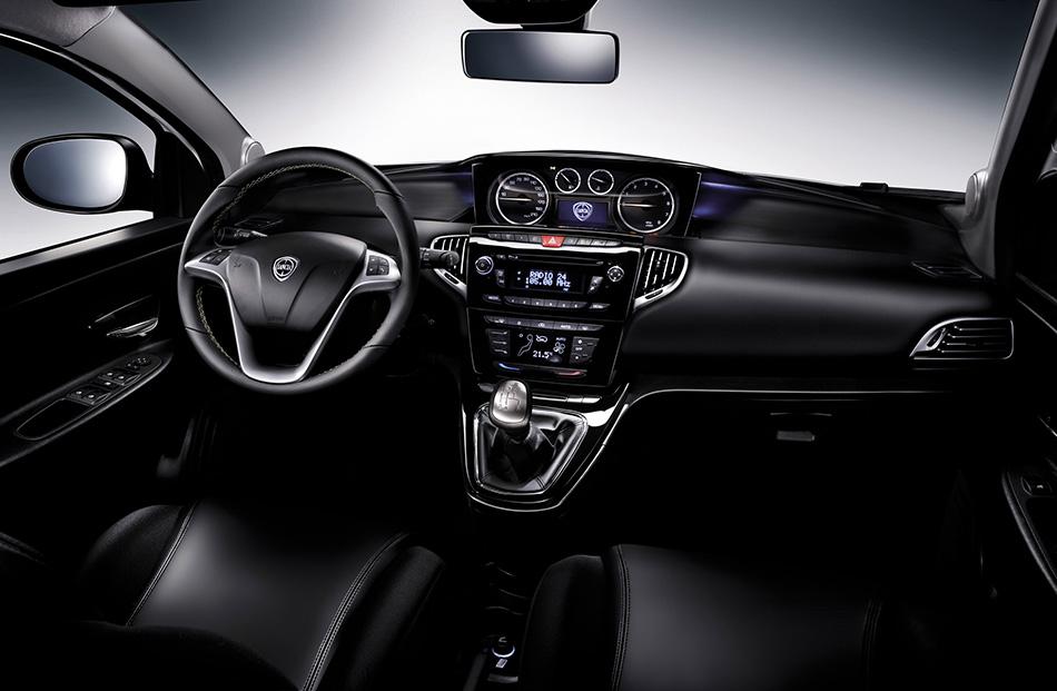 2012 Lancia Ypsilon Interior