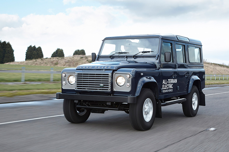 2013 Land Rover Defender Electric Concept Front Angle