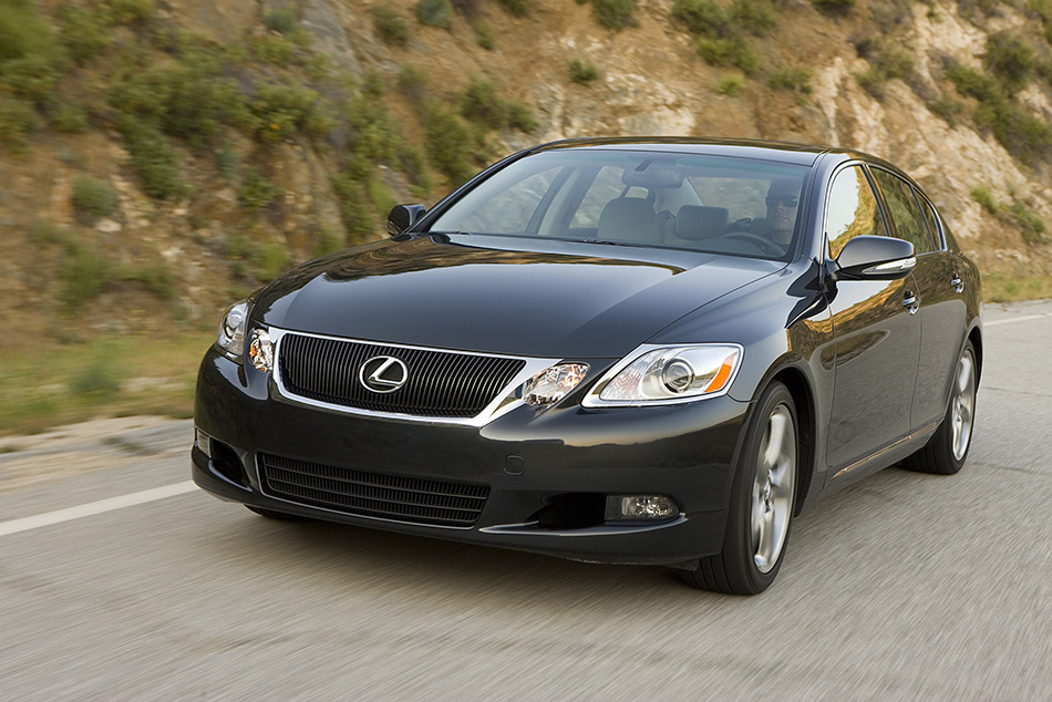 2009 Lexus GS 350 Front Angle