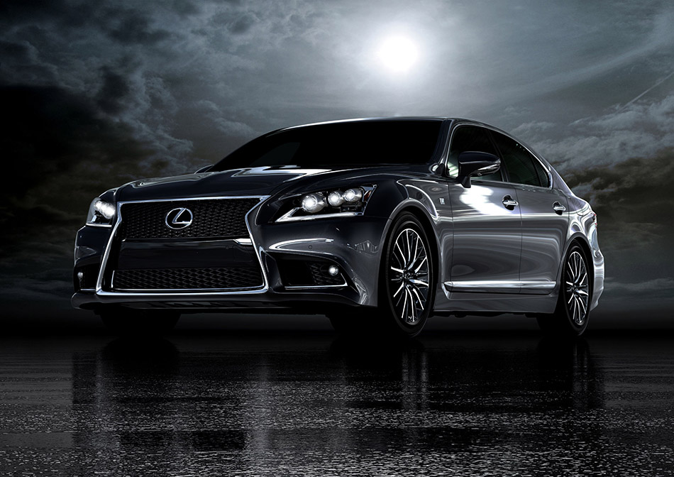 2013 Lexus LS 460 F Sport Front Angle