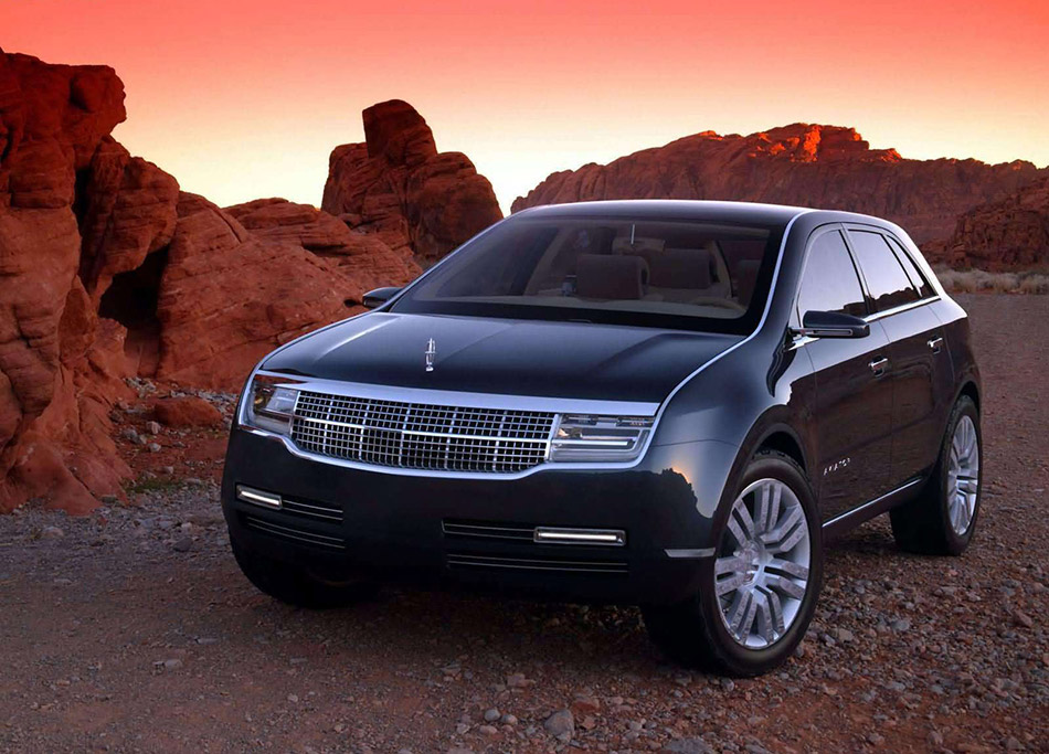 2004 Lincoln Aviator Concept Front Angle