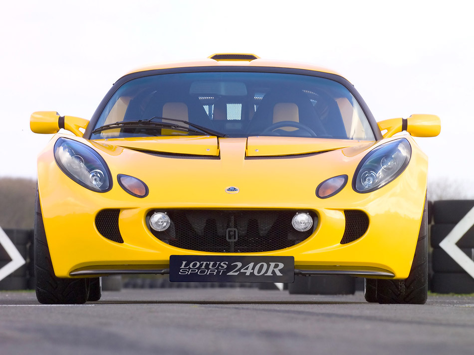 2005 Lotus Sport Exige 240R Front Angle