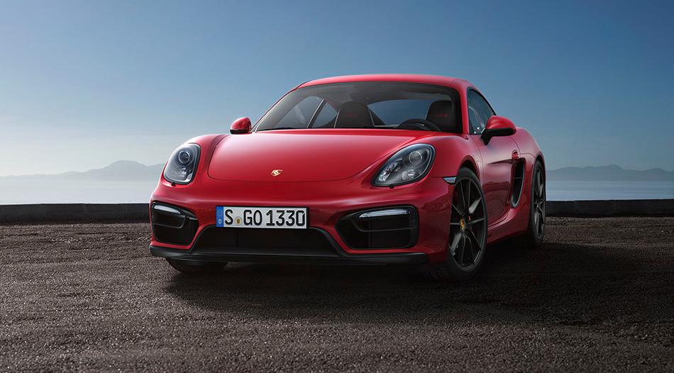 2015 Porsche Cayman GTS Front Angle