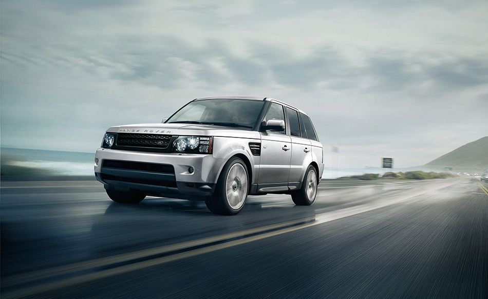 2013 Range Rover Sport Front Angle