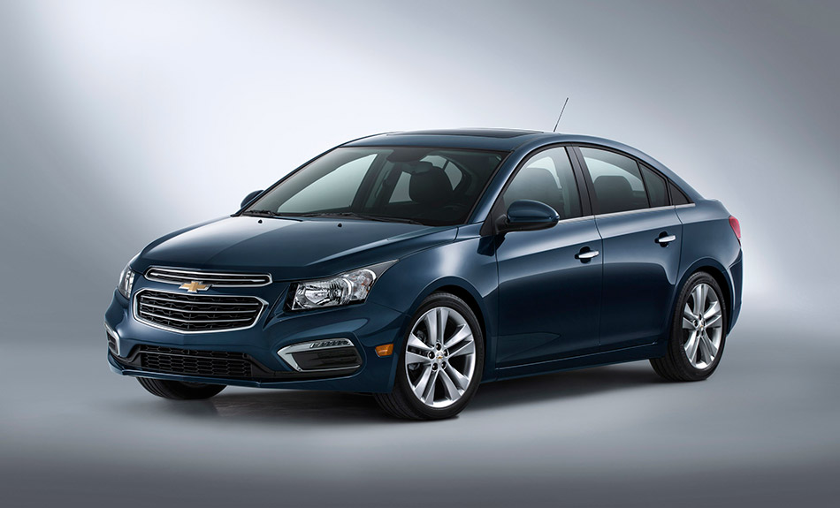 2015 Chevrolet Cruze Front Angle