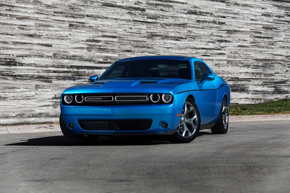 2015 Dodge Challenger Front Angle