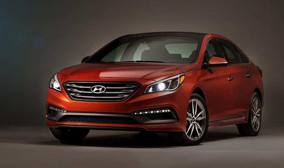 2015 Hyundai Sonata Front Angle