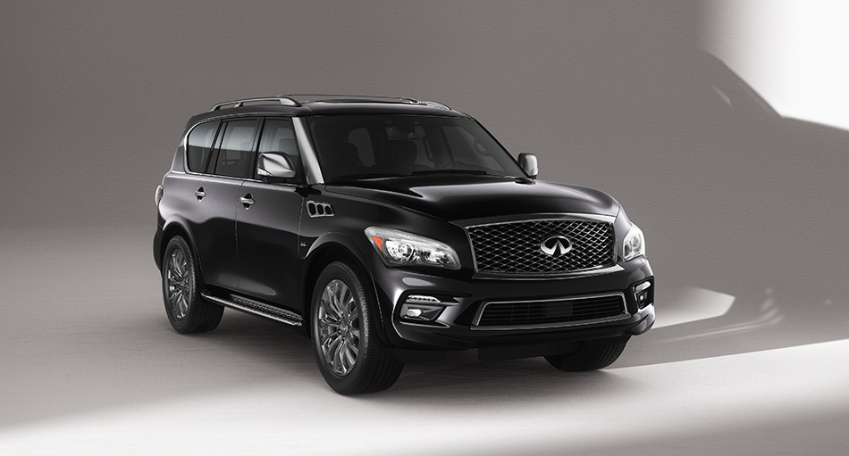 2015 Infiniti QX80 Limited Front Angle