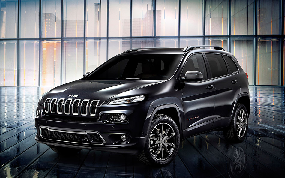 2014 Jeep Cherokee Urbane Concept Front Angle