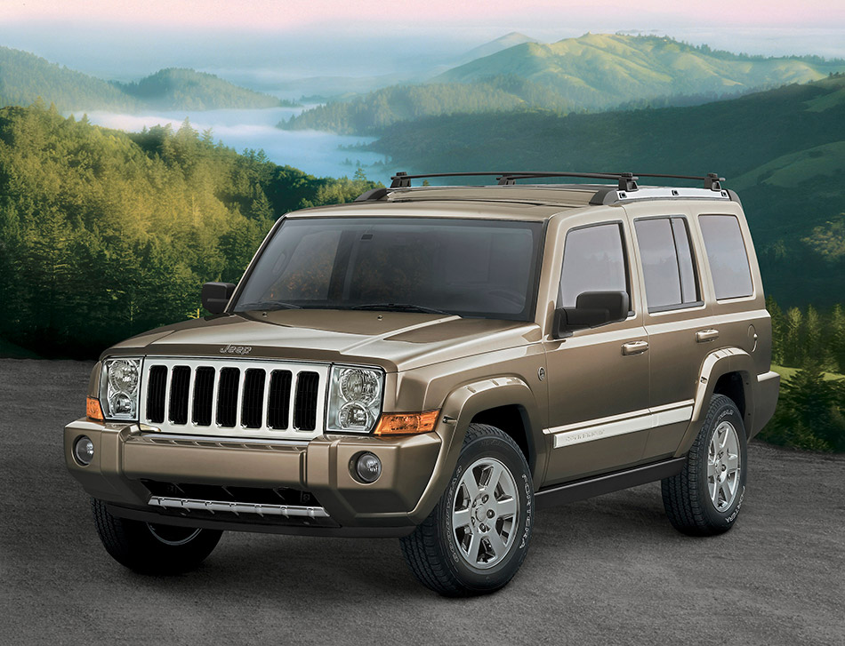 2006 Jeep Commander 4x4 Limited 5.7 HEMI Front Angle