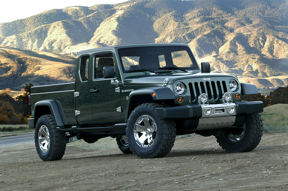 2005 Jeep Gladiator Concept Front Angle