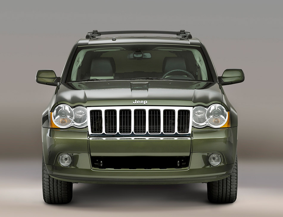 2008 Jeep Grand Cherokee Front Angle