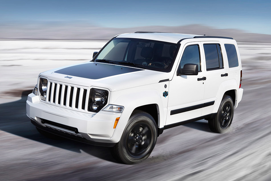 2012 Jeep Liberty Arctic Front Angle