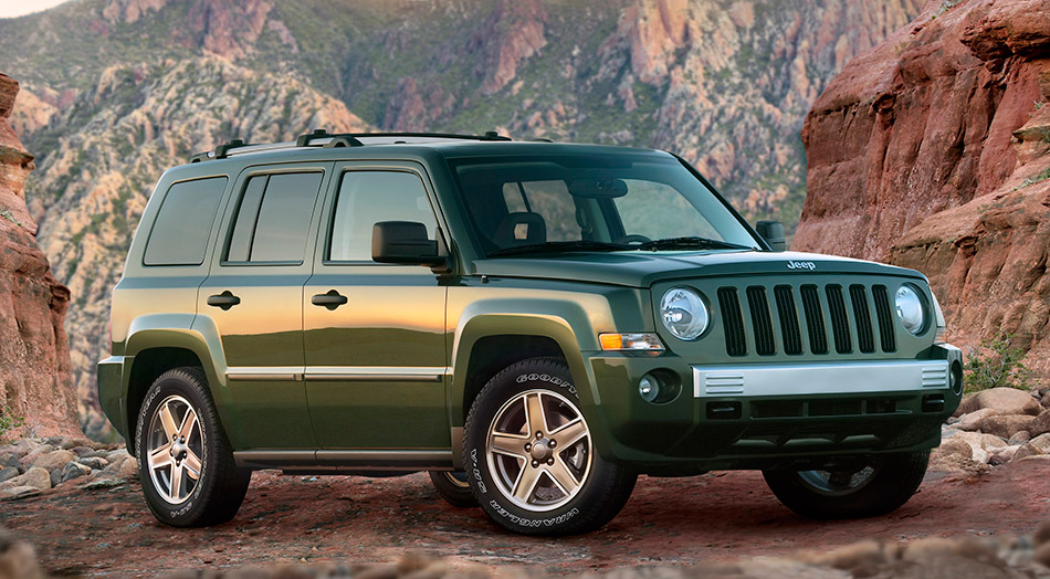 2007 Jeep Patriot Front Angle