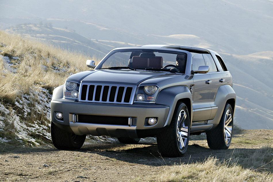 2007 Jeep Trailhawk Concept Front Angle