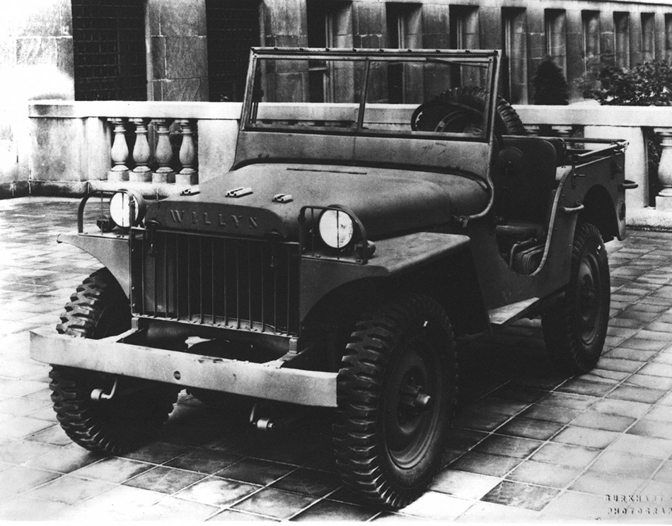 1941 Jeep Willys MA Front Angle