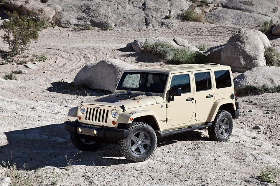 2011 Jeep Wrangler Mojave Front Angle