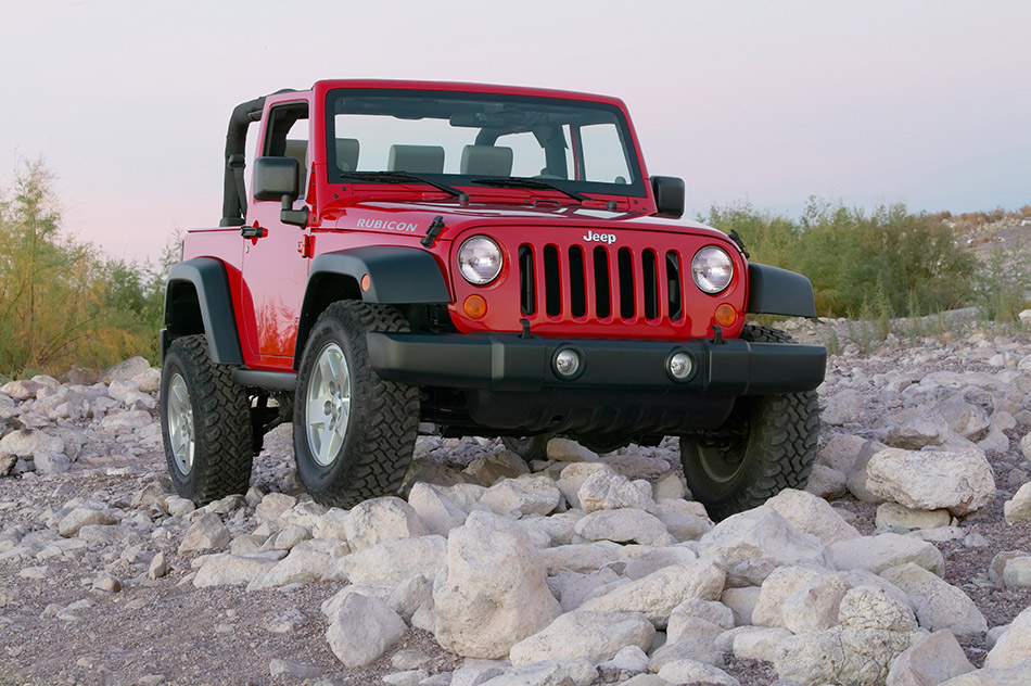 2007 Jeep Wrangler Rubicon Front Angle