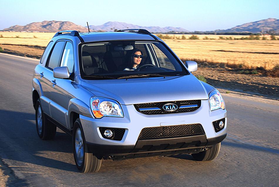 2009 Kia Sportage Front Angle