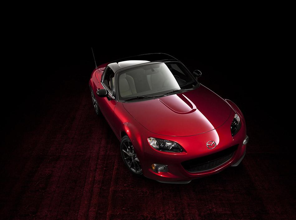2014 Mazda MX-5 25th Anniversary Front Angle